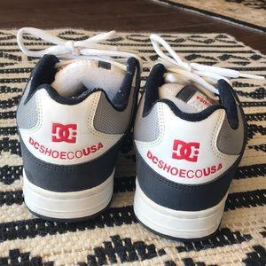 DC Shoes - Vintage Blue & White DC Shoes Excellent Condition!